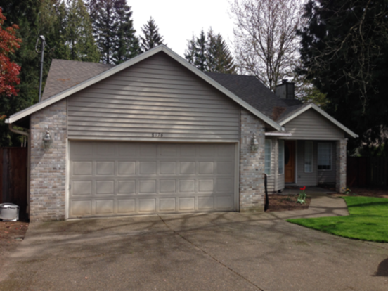 3 Bedrooms 2 Bathrooms Apartment for rent at 8176 Sw 85th Ave. in Portland, OR