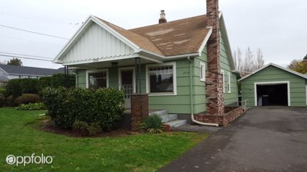 3 Bedrooms 1 Bathroom House for rent at 2712 Se 85th Ave in Portland, OR