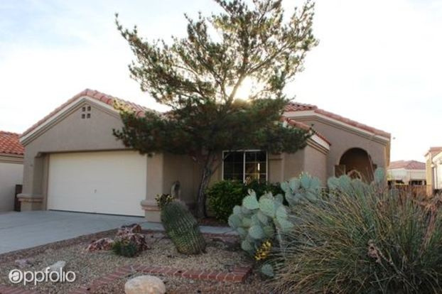 2 Bedrooms 2 Bathrooms House for rent at 14251 N Trade Winds in Tucson, AZ