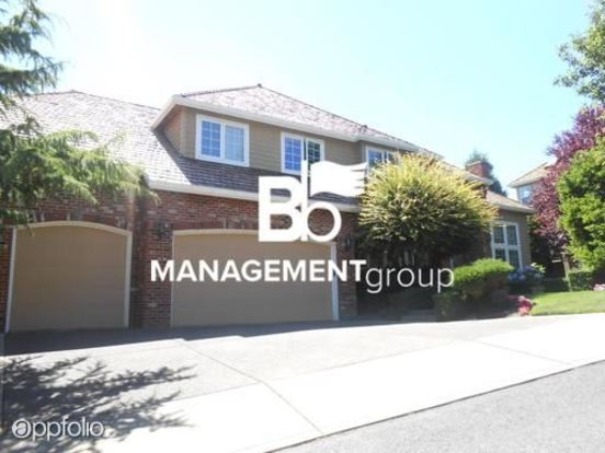 4 Bedrooms 3 Bathrooms House for rent at 1843 Nw Rosefinch Lane in Portland, OR