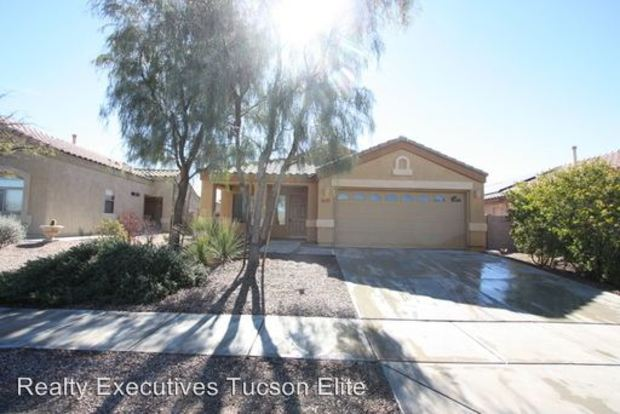 4 Bedrooms 2 Bathrooms House for rent at 6791 W Brightwater Way in Tucson, AZ
