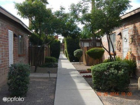 3 Bedrooms 2 Bathrooms Apartment for rent at 5301 5319 E Glenn Street in Tucson, AZ