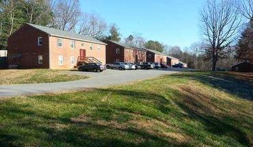 Holly Ridge Court Apartment for rent in Evington, VA