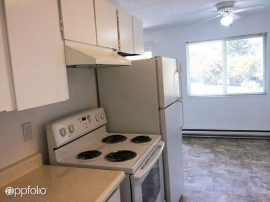 1 Bedroom 1 Bathroom Apartment for rent at 2722 Sw Spring Garden Street in Portland, OR