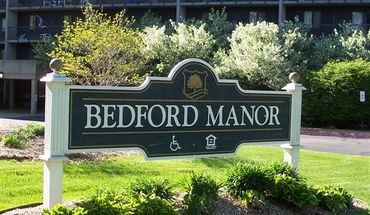 Bedford Manor Apartments
