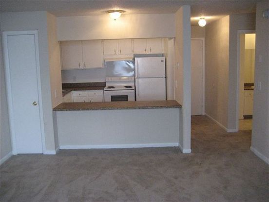 1 Bedroom 1 Bathroom Apartment for rent at Crestview Apartments in Nashville, TN