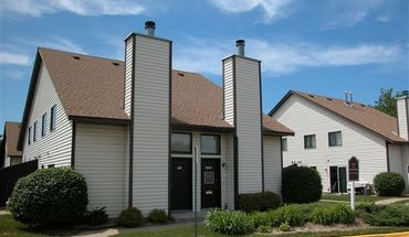 Cozy, Lofted Townhomes Apartment for rent in Coon Rapids, MN