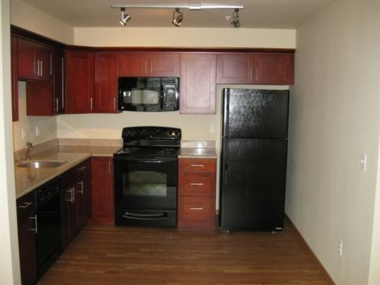 2 Bedrooms 2 Bathrooms Apartment for rent at Altamira Apartments in Seattle, WA