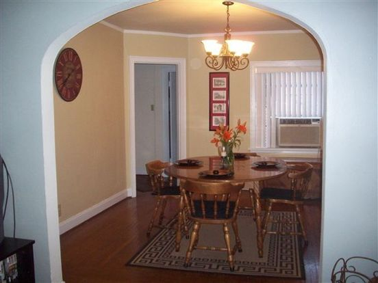 3 Bedrooms 2 Bathrooms Apartment for rent at Ravenswood in Cincinnati, OH