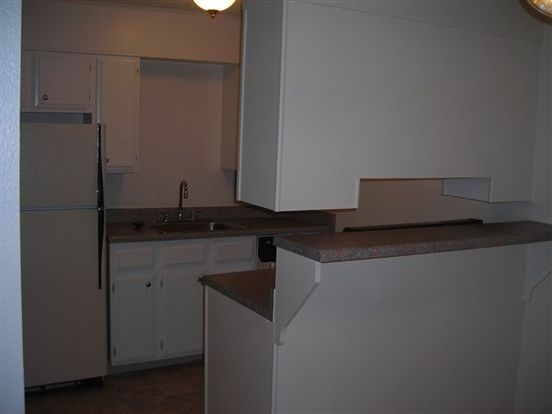 2 Bedrooms 1 Bathroom Apartment for rent at Monaco Square Apts & Town Homes in Denver, CO