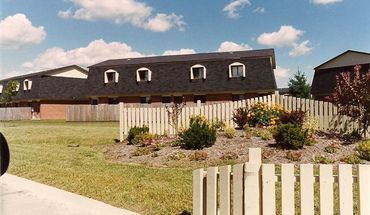 Chateau Townhomes Apartment for rent in Bethalto, IL