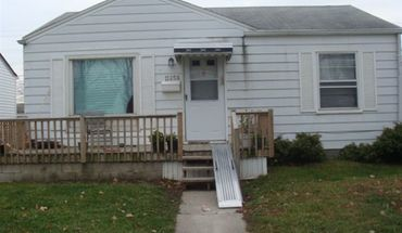 Similar Apartment at 0012:      11258 Chalmers Ave.   2 Bdrm. W/1.5 Garage