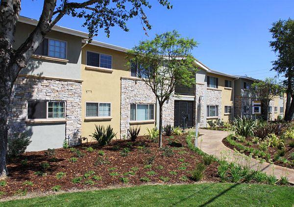2 Bedrooms 1 Bathroom Apartment for rent at Puente Villa Apartments in Baldwin Park, CA
