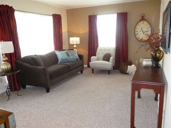 3 Bedrooms 1 Bathroom Apartment for rent at The Villas At Eden Of Whitehall in Columbus, OH