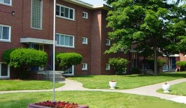Similar Apartment at Maple Court