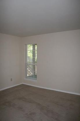 1 Bedroom 1 Bathroom Apartment for rent at Hunters Glen in Raleigh, NC