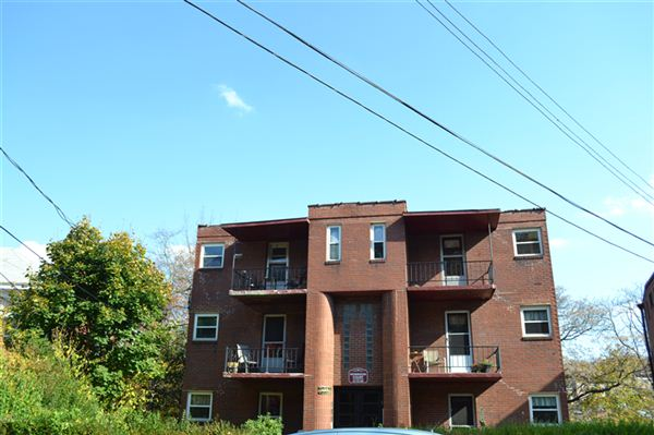 2 Bedrooms 1 Bathroom House for rent at Morrison Court in Pittsburgh, PA