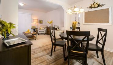 Blue Heron Pointe Townhomes