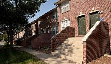 Lincoln Park Town Homes