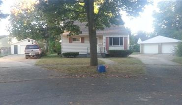 Section 8 Ok   Berry Patch   Big Fenced Yard   Large 2 Car Garage, Quiet Quiet Quiet