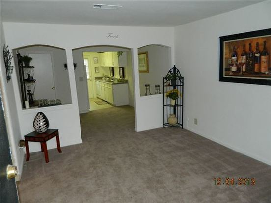 2 Bedrooms 1 Bathroom Apartment for rent at Stone Lake Lodge Apartments in Indianapolis, IN