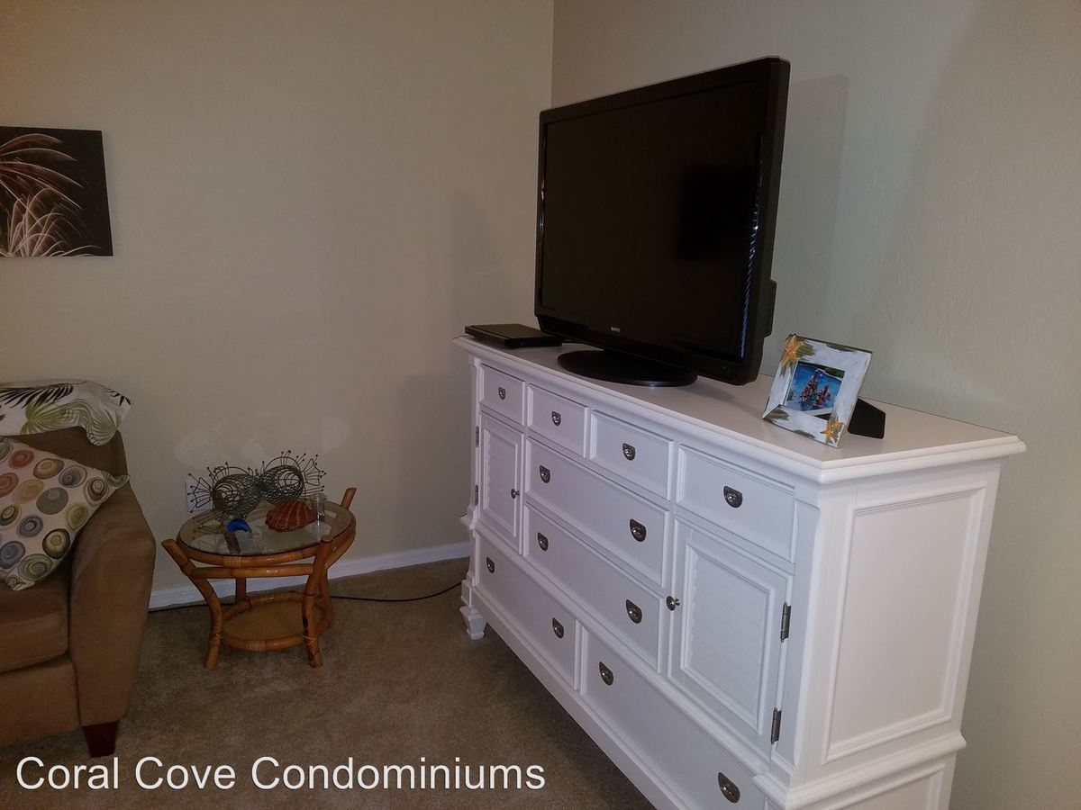 2 Bedrooms 2 Bathrooms Apartment for rent at 1751 Four Mile Cove Pkwy in Cape Coral, FL