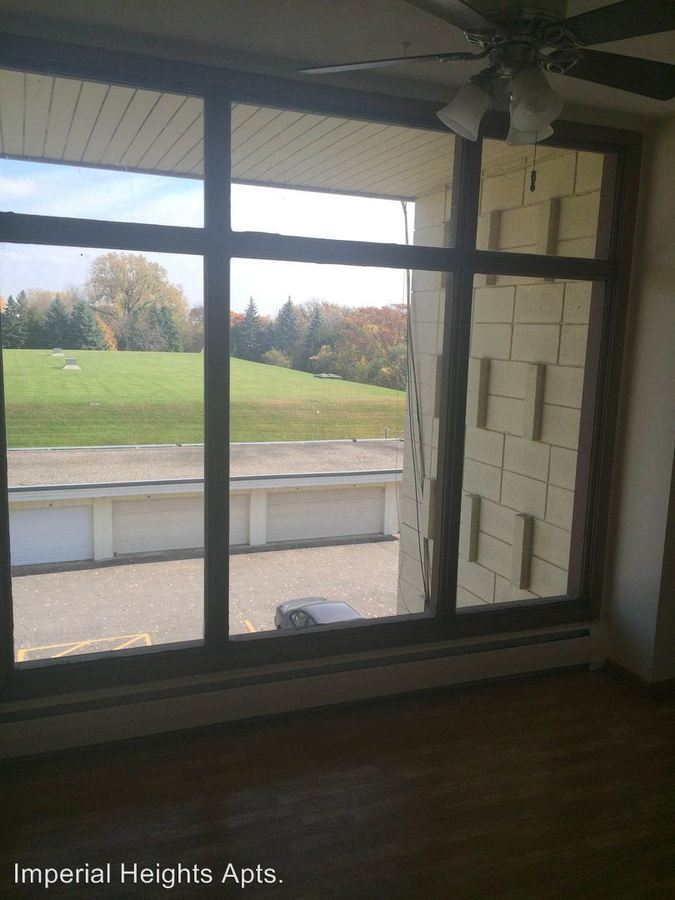 3 Bedrooms 2 Bathrooms Apartment for rent at 85 & 90 Imperial Dr. W. in West St Paul, MN