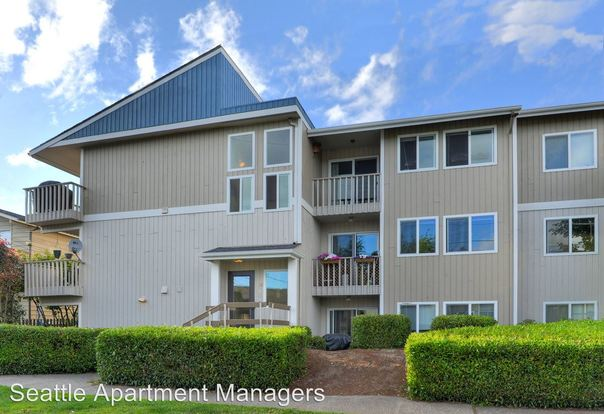 2 Bedrooms 2 Bathrooms Apartment for rent at 1146 N 91st Street in Seattle, WA