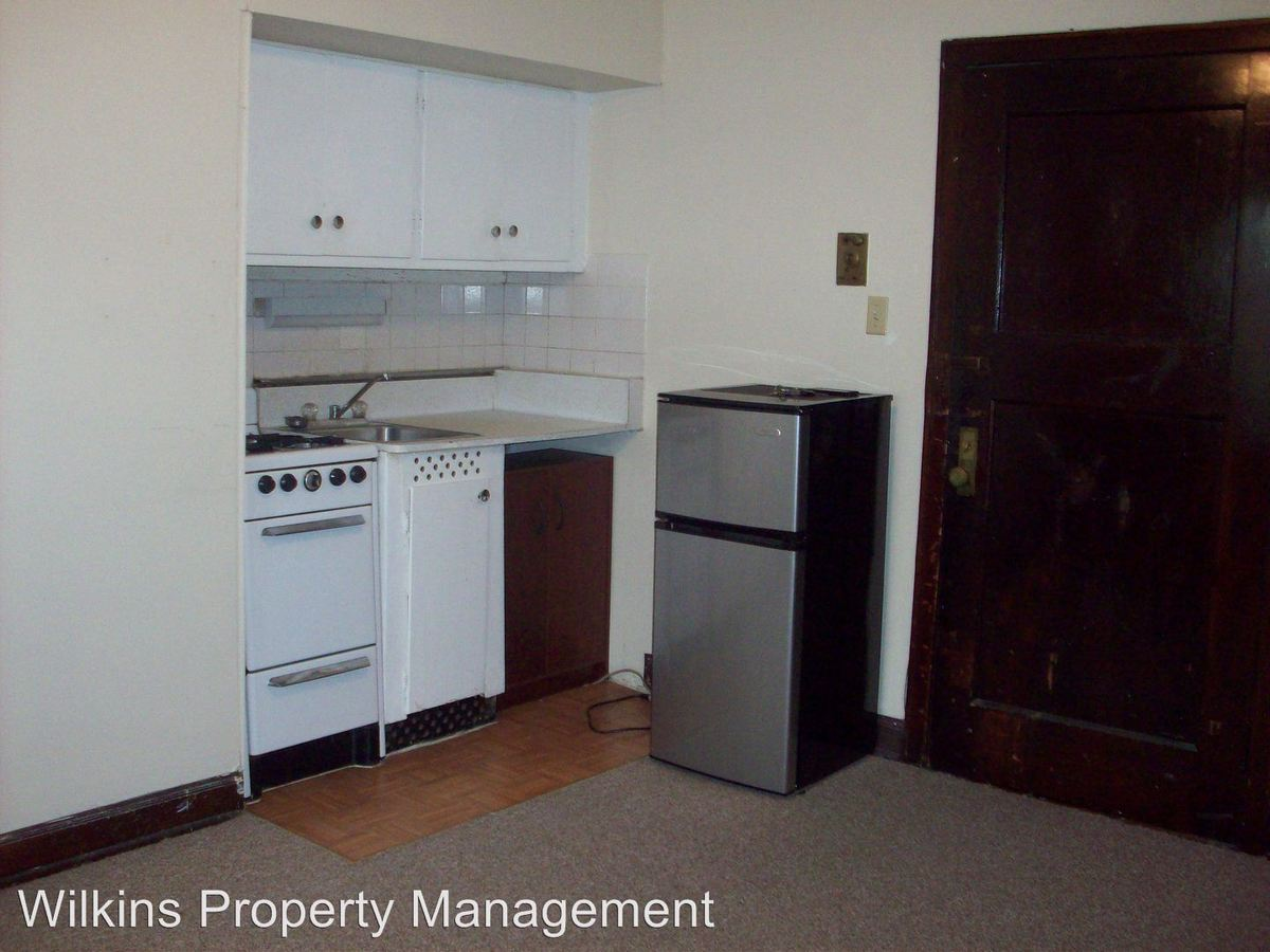 Studio 1 Bathroom Apartment for rent at 1020 E. Pleasant St. in Milwaukee, WI