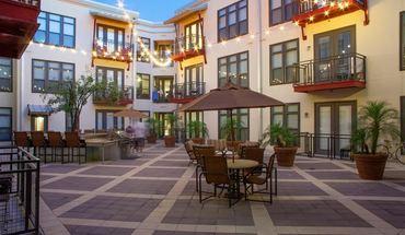 Similar Apartment at 1611 W 5th St