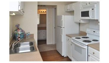 Similar Apartment at 8527 N Capital Of Texas Hwy
