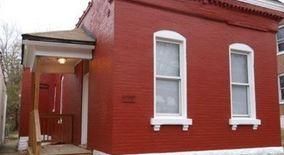 Similar Apartment at 3641 Iowa Ave