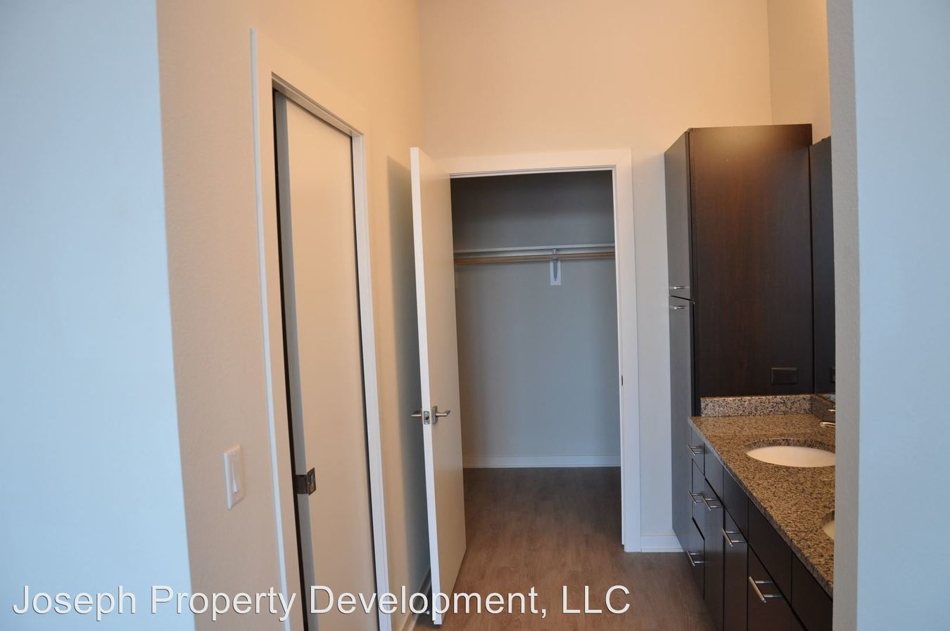2 Bedrooms 2 Bathrooms Apartment for rent at 5204 S. 76th Street in Greendale, WI