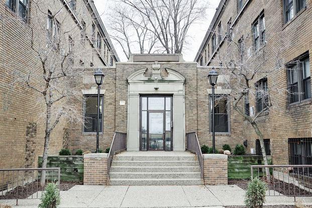Studio 1 Bathroom Apartment for rent at 1205 Hawthorne Ave in Minneapolis, MN