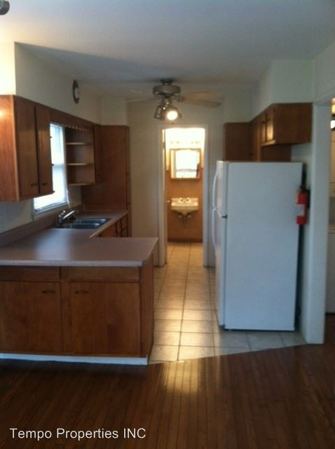 1 Bedroom 1 Bathroom Apartment for rent at 1218 N College in Bloomington, IN