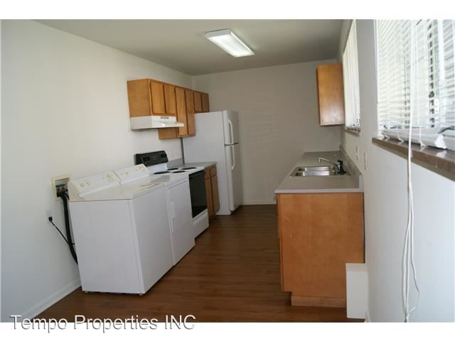 4 Bedrooms 2 Bathrooms Apartment for rent at 1311 North Washington Street in Bloomington, IN