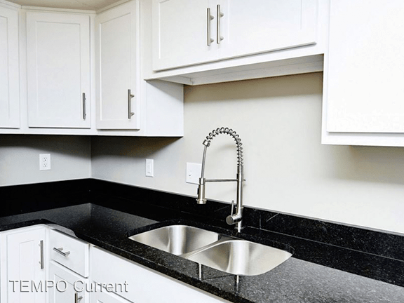 2 Bedrooms 1 Bathroom Apartment for rent at 422 E 11th St. in Bloomington, IN