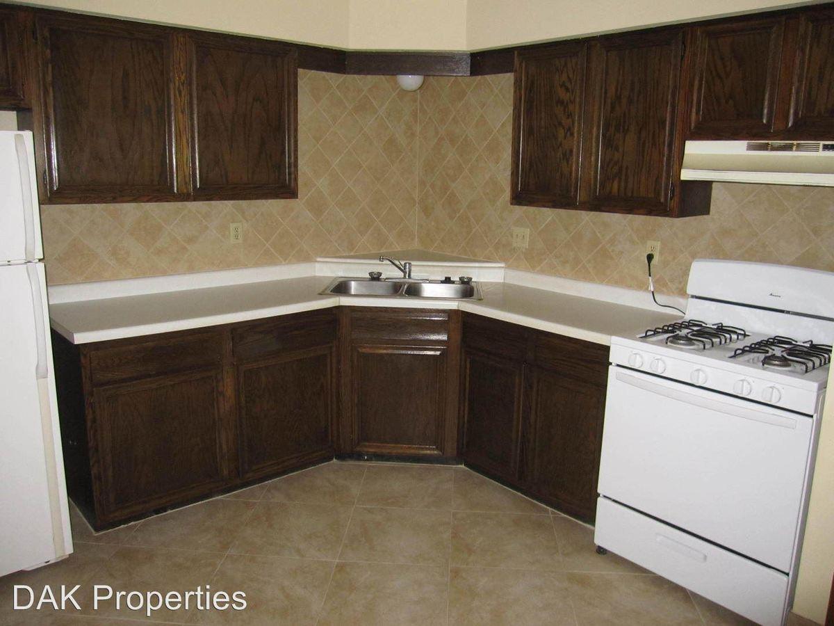 2 Bedrooms 1 Bathroom Apartment for rent at N114 W15518 Sylvan Cir in Germantown, WI