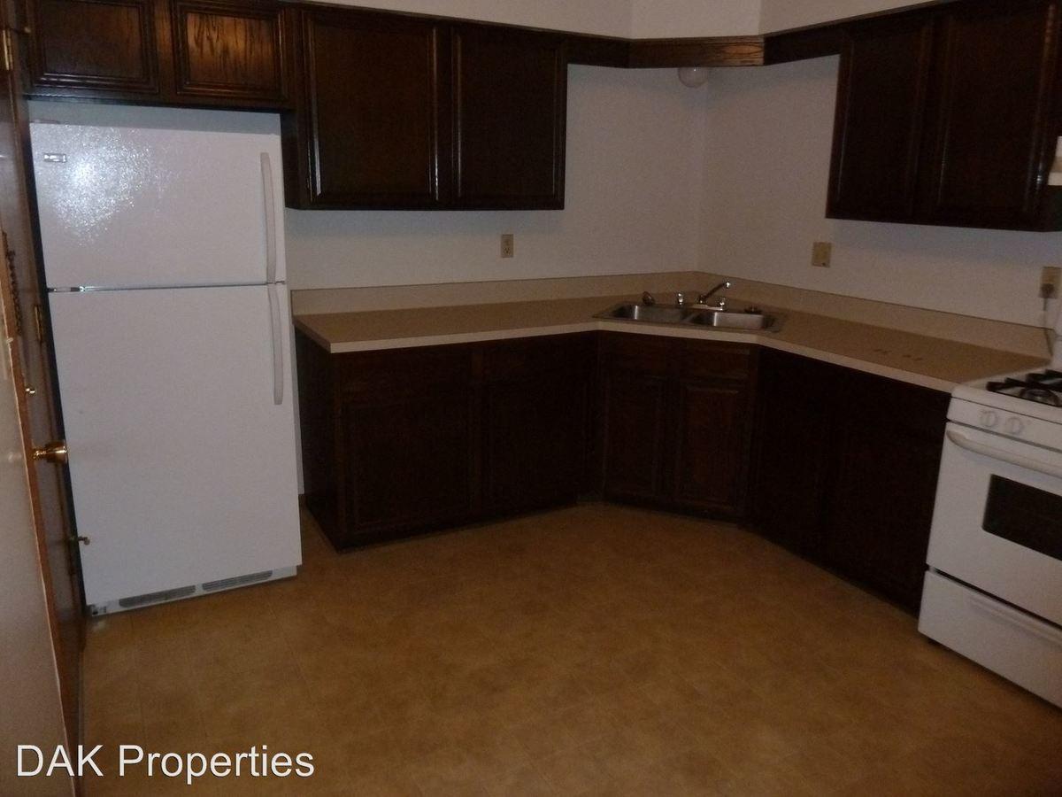 1 Bedroom 1 Bathroom Apartment for rent at W155 N11352 Sylvan Cir. in Germatown, WI