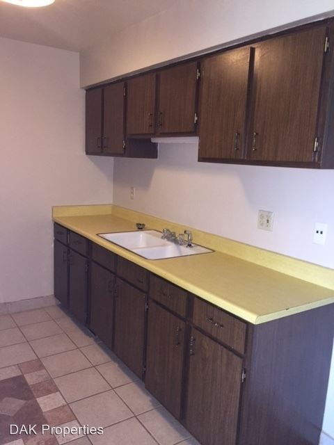 2 Bedrooms 1 Bathroom Apartment for rent at N169w19862 Chestnut Court in Jackson, WI
