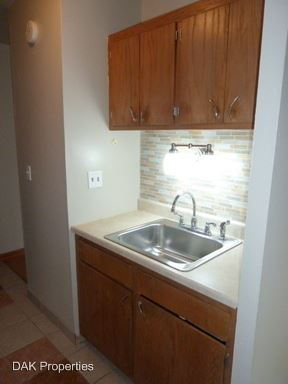 1 Bedroom 1 Bathroom Apartment for rent at 1620 N. Marshall Street in Milwaukee, WI