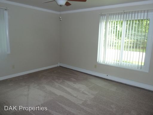 3 Bedrooms 1 Bathroom Apartment for rent at 115 Concord Place in Thiensville, WI