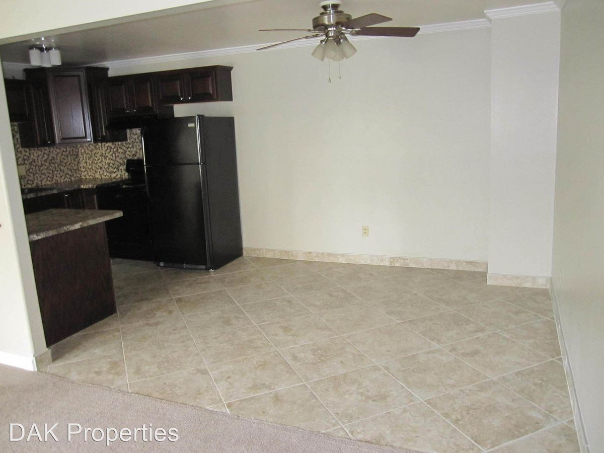 2 Bedrooms 1 Bathroom Apartment for rent at 115 Concord Place in Thiensville, WI