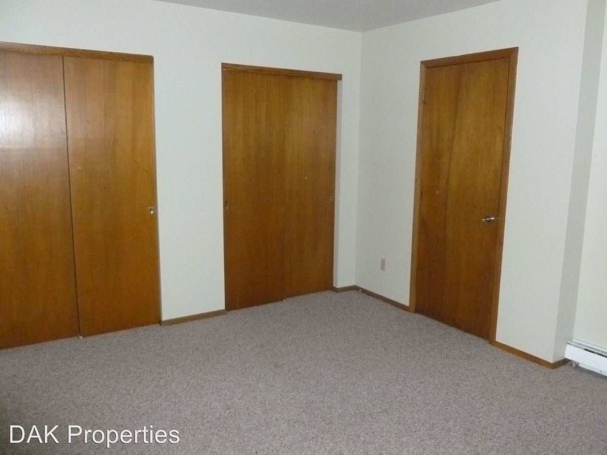 2 Bedrooms 1 Bathroom Apartment for rent at W155 N11352 Sylvan Cir. in Germatown, WI