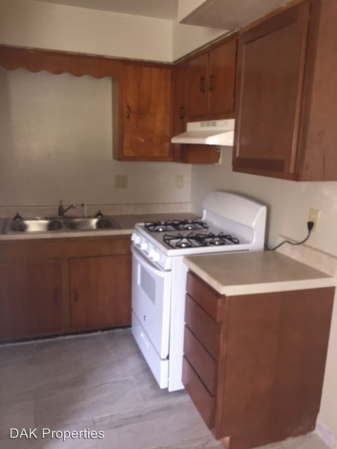 2 Bedrooms 1 Bathroom Apartment for rent at 3827 W. Good Hope Rd. in Milwaukee, WI