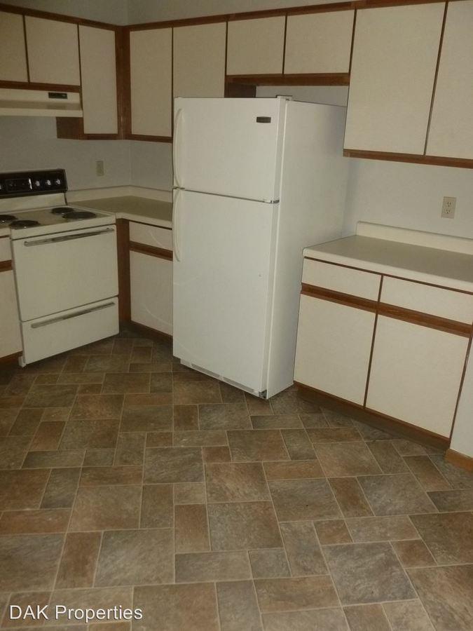 2 Bedrooms 1 Bathroom Apartment for rent at W201 N16619 Hemlock in Jackson, WI