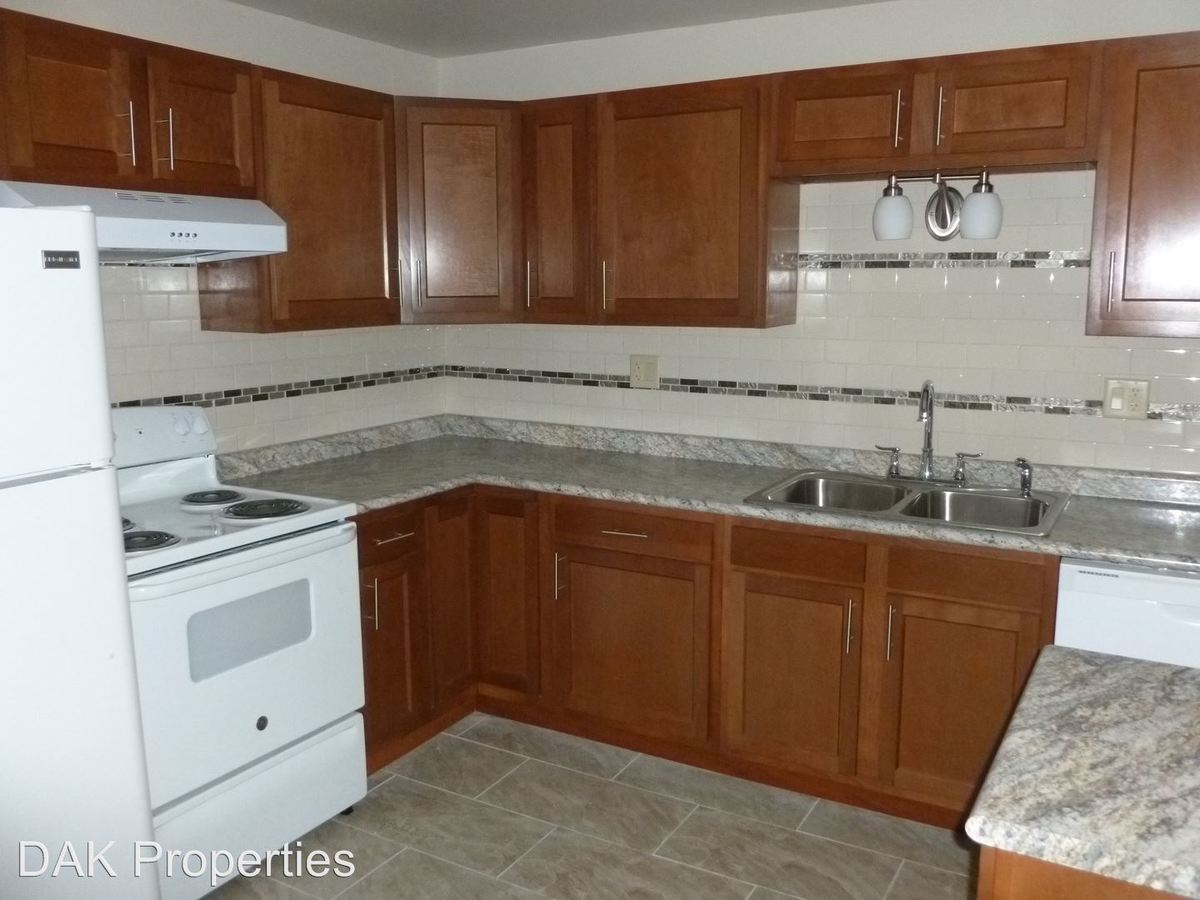 2 Bedrooms 1 Bathroom Apartment for rent at N111 W15864 Vienna Court in Germantown, WI