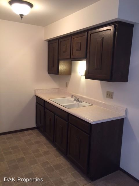 2 Bedrooms 1 Bathroom Apartment for rent at 4060 S. 65th St. in Greenfield, WI