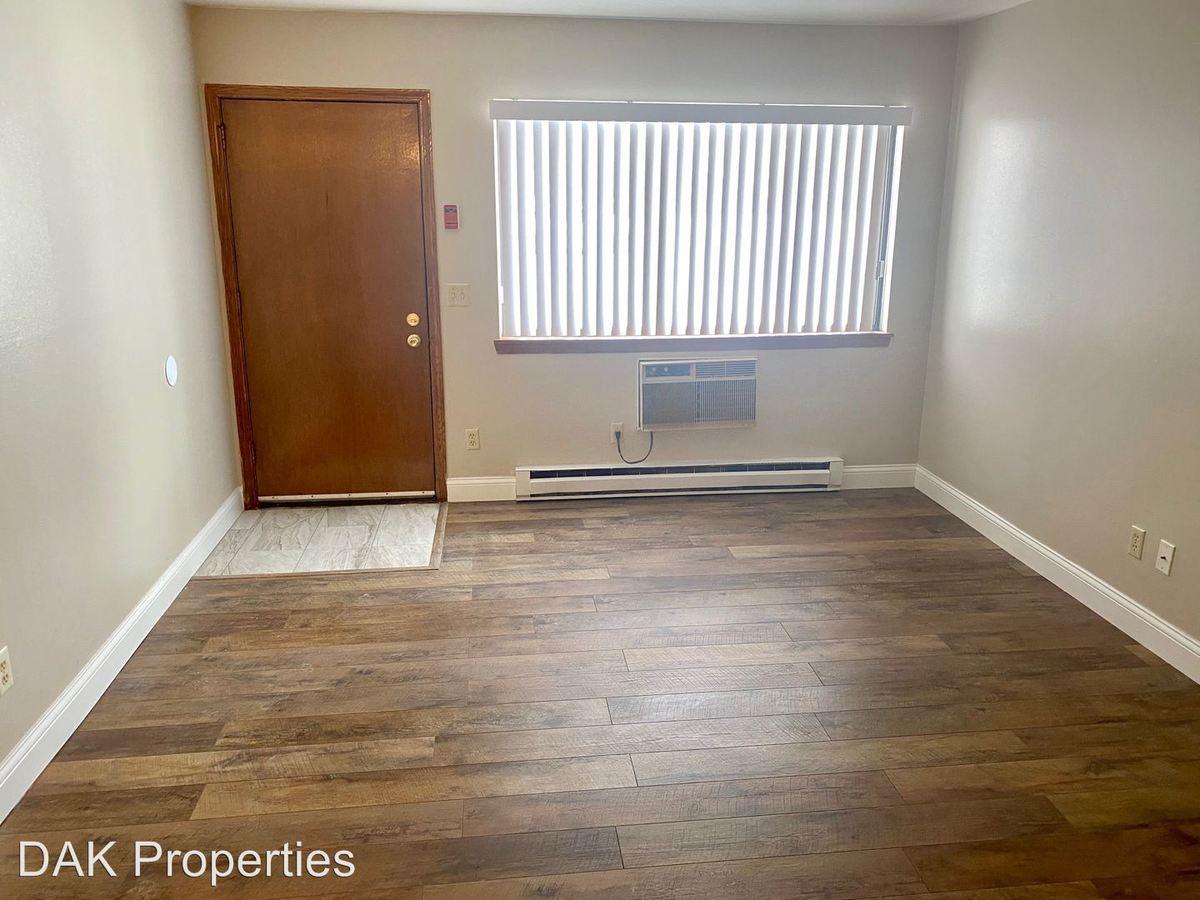 1 Bedroom 1 Bathroom Apartment for rent at N114w15846 Sylvan Circle in Germantown, WI