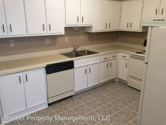 1 Bedroom 1 Bathroom Apartment for rent at 3602- 3616 Spottswood in Memphis, TN